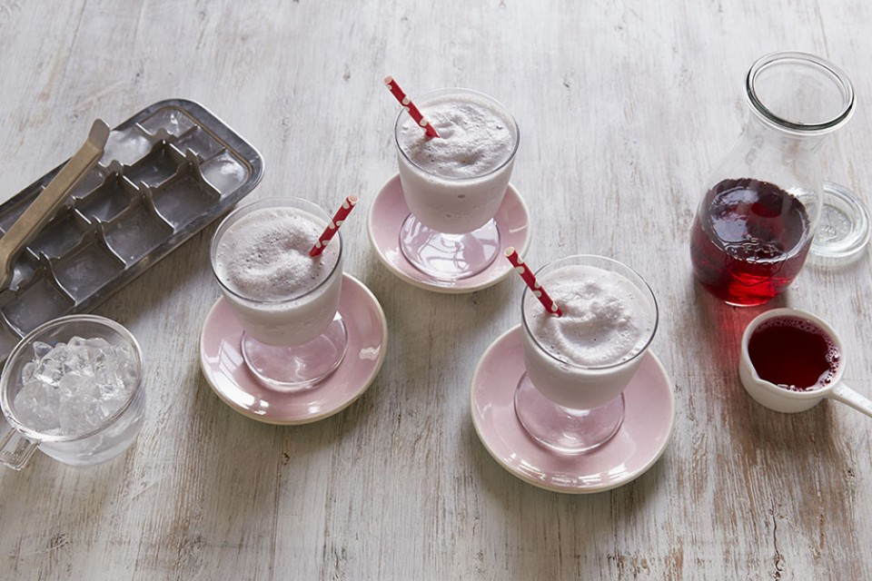 Cranberry Fusion Smoothie Recipe. A combination of light cran-raspberry juice with CARNATION Breakfast Essentials.