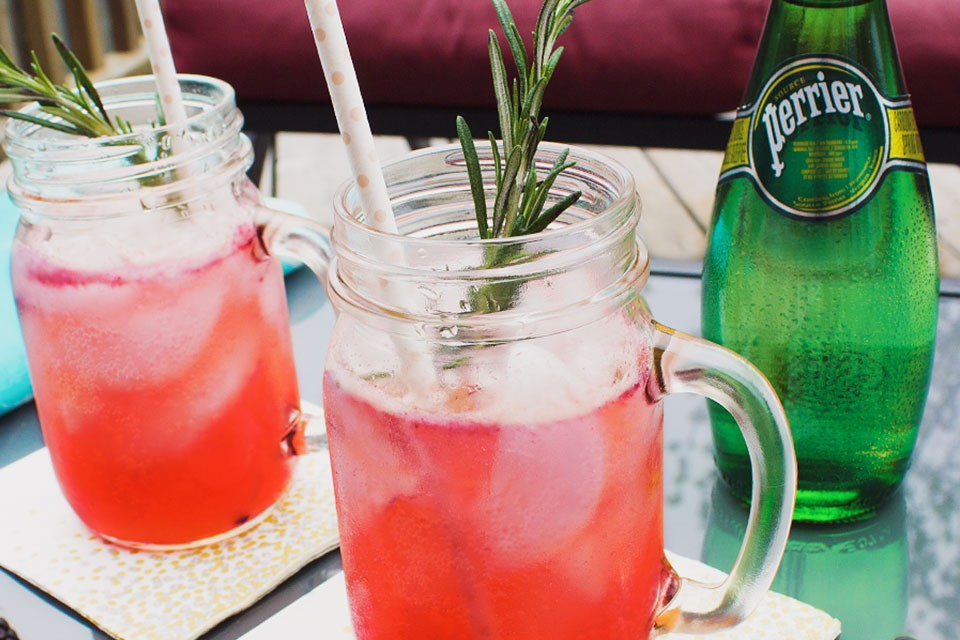 PERRIER Sparkling Blackberry Whiskey Lemonade recipe. Add an unexpected twist to your weekend!