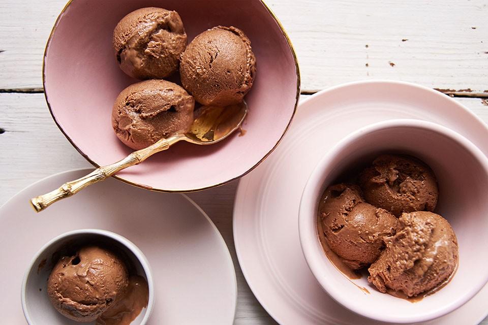 Recette de chocolat au beurre d'arachide. Il a toutes vos saveurs préférées et regorge de vitamines et de minéraux.